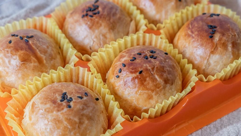 新口味蛋黃酥|什麼!才7月底,這間9/10-10/2中秋節的蛋黃酥已經預訂完了!