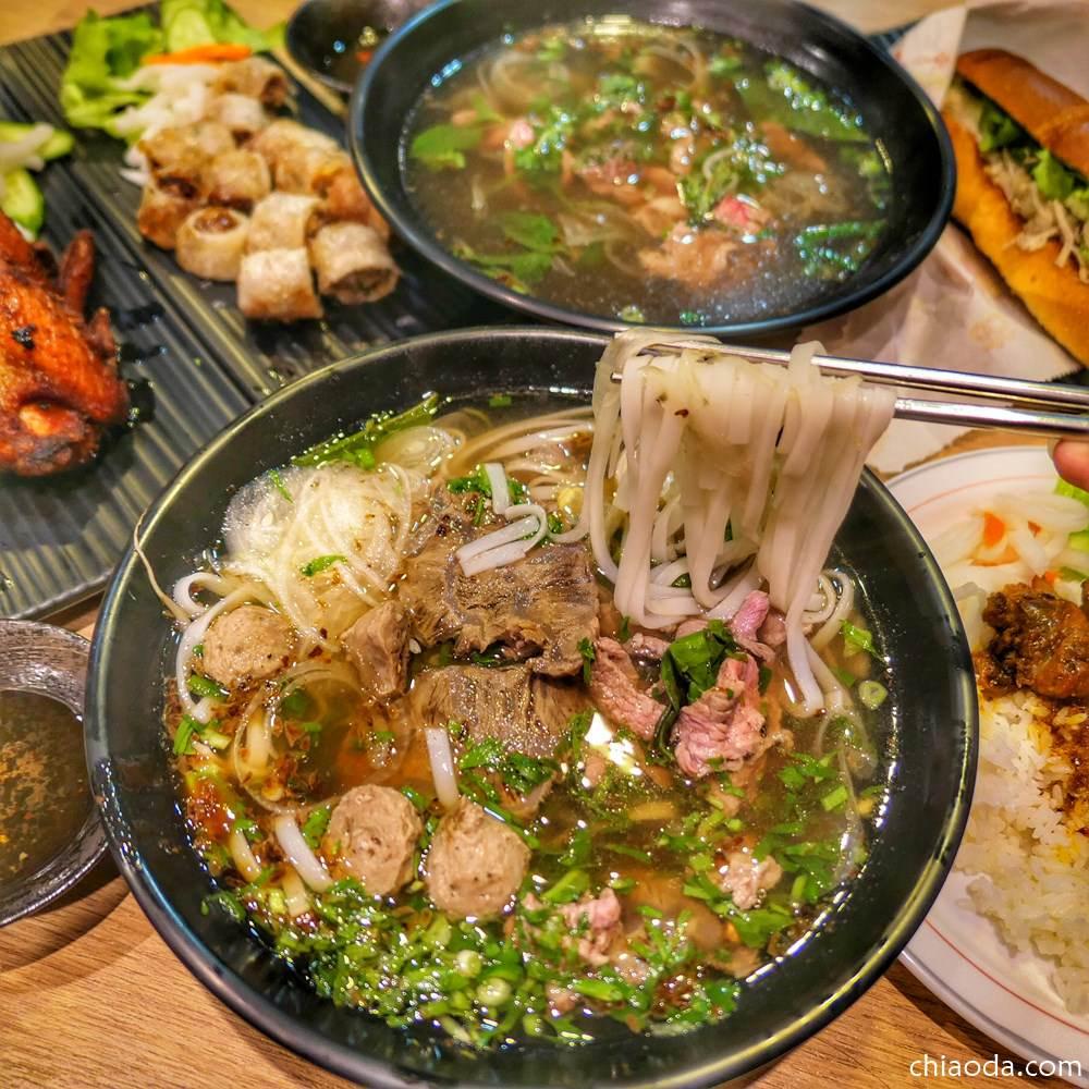 神岡路越南小吃店|在地人激推的超人氣越南小吃 隱身在神岡路上的平價道地美味!
