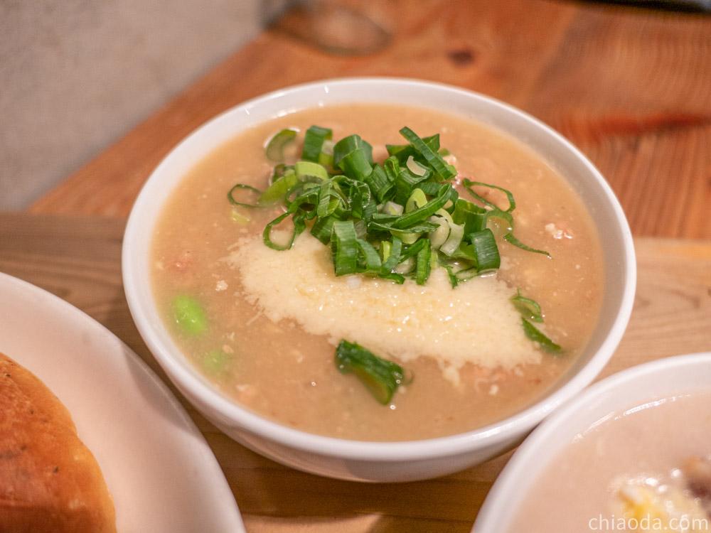 家溫度湯 蒜頭起司碎豬肉燉湯