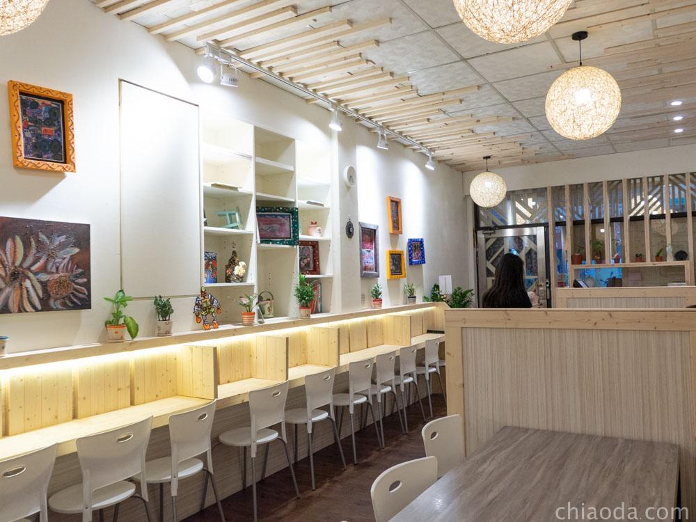 津川咖哩 餐廳環境