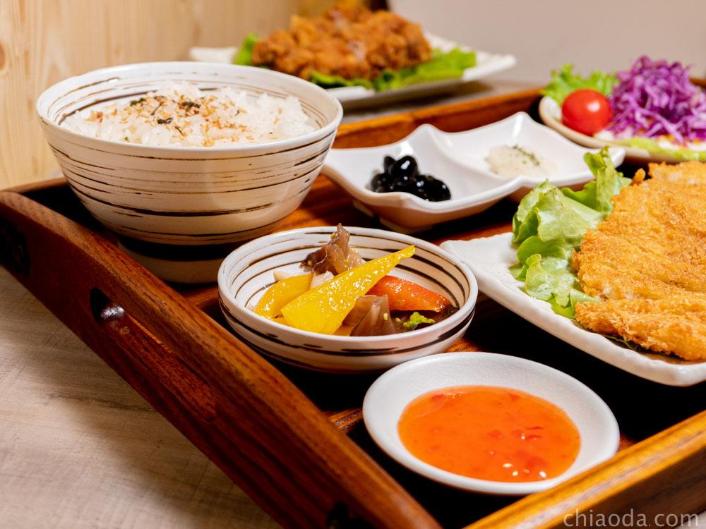 津川咖哩 定食