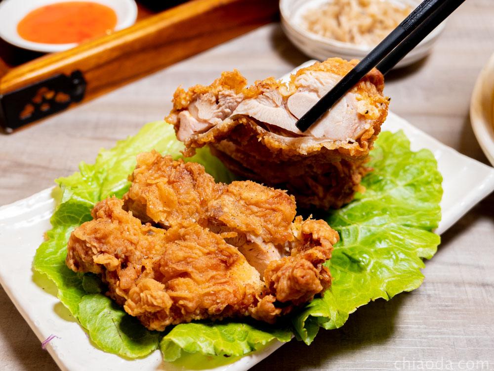津川咖哩 炸霸王雞腿排