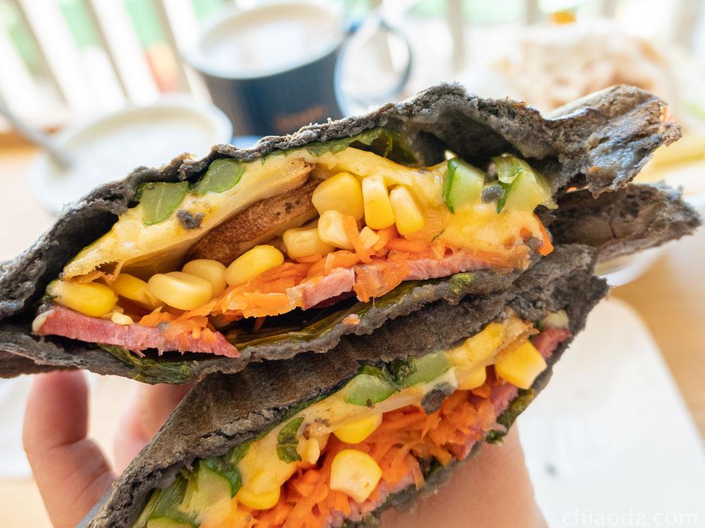 沙拉嗑 隨選竹炭熱壓三明治