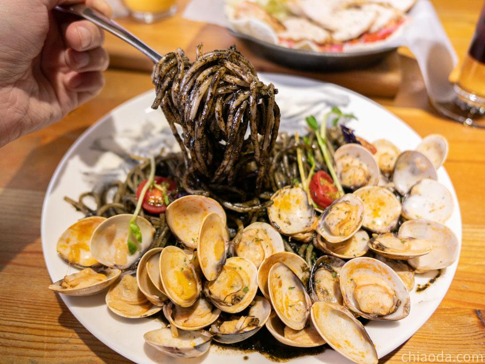 禾間糧倉 滿滿蛤蜊義大利麵