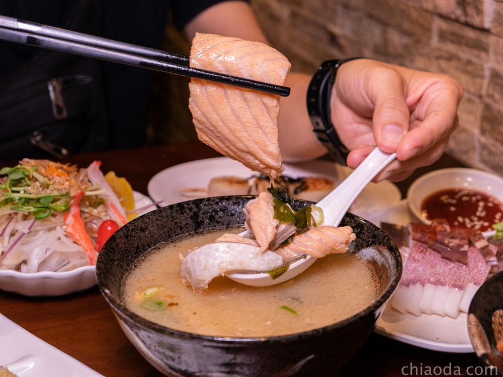 泉香平價日式料理 魚肉味噌湯