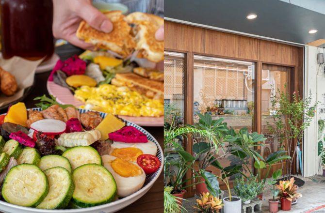 阿飛brunch|台中後火車站新時代旁新開幕早午餐 澎湃大份量且價位合理 超滿足~