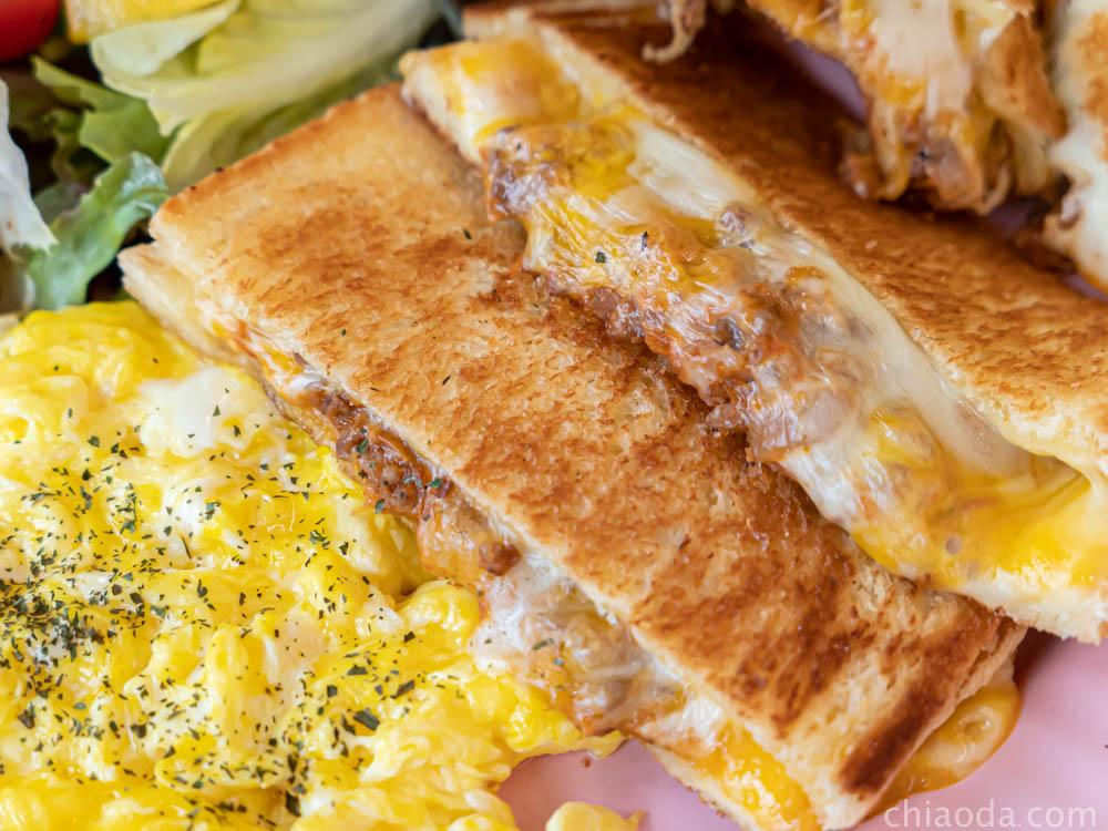 阿飛早午餐 熱壓吐司圓盤(肉醬乳酪)
