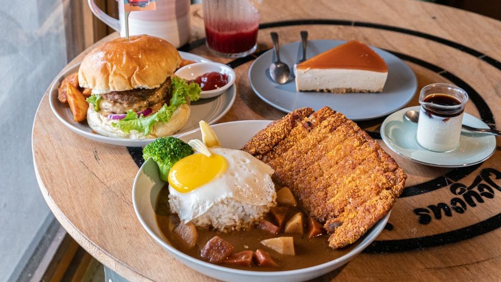 早上享!Joyous|員林中州科大、大葉大學周邊美食 漢堡、咖哩都好吃又用心!(員林單車主題俱樂部)