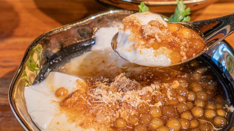 白水豆花|礁溪必吃神級鹽滷豆花 選用雪山湧泉和太平洋深層海水 每一口都是享受 台北永康街也有分店!