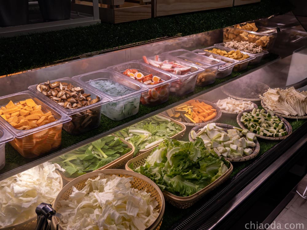 論石間鍋物台中中科店 蔬菜自助吧