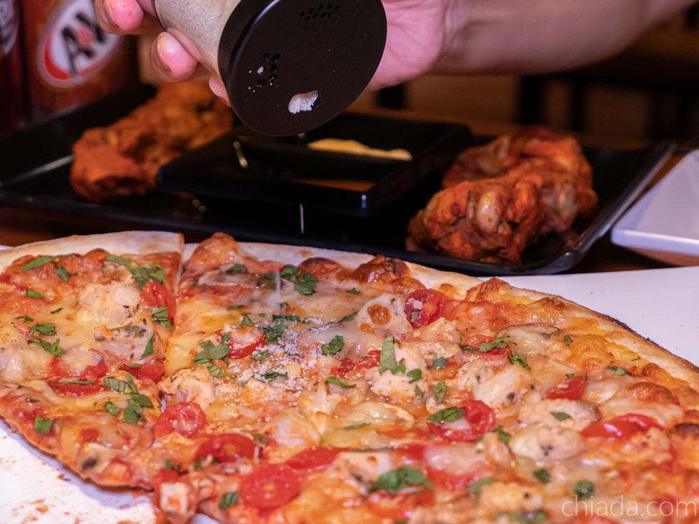 pizza rock 莫札瑞拉起司粉