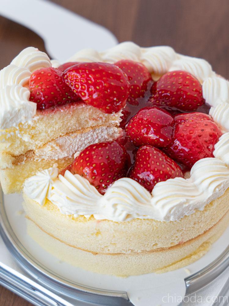 全聯草莓卡士達蛋糕