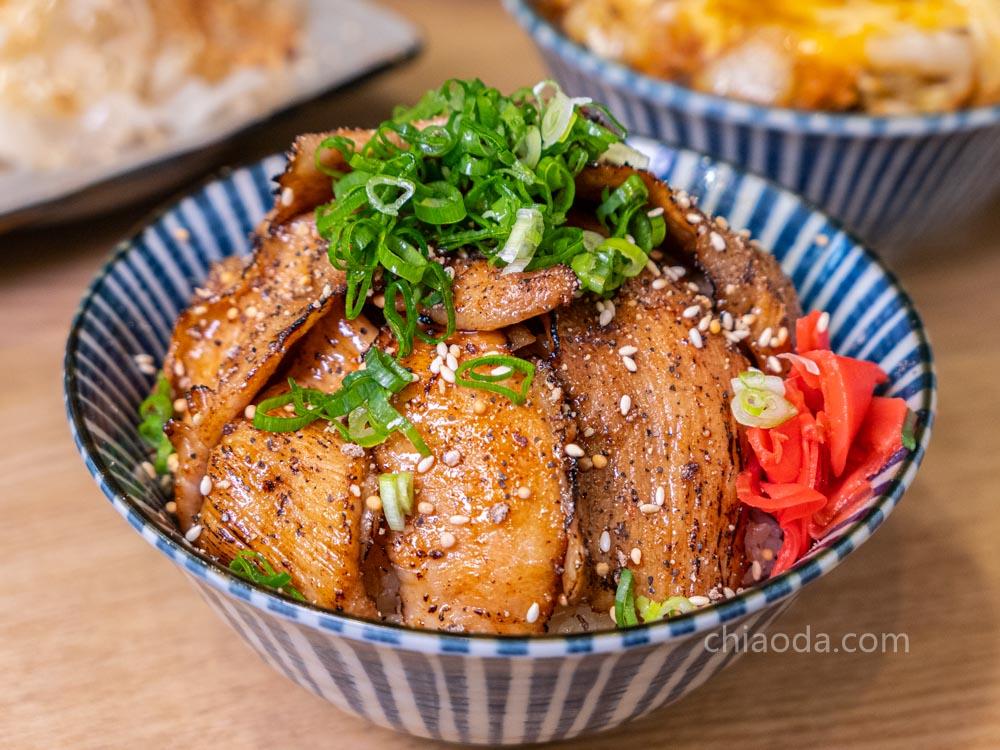 汍樂滿盛燒肉丼 椒鹽松坂豚丼