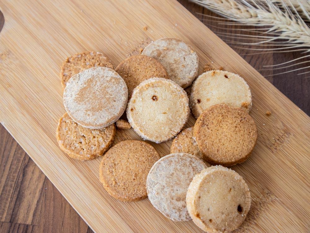 二月森 鹹蛋黃餅乾、麵茶餅乾、楓糖燕麥餅乾、榛果焦糖餅乾