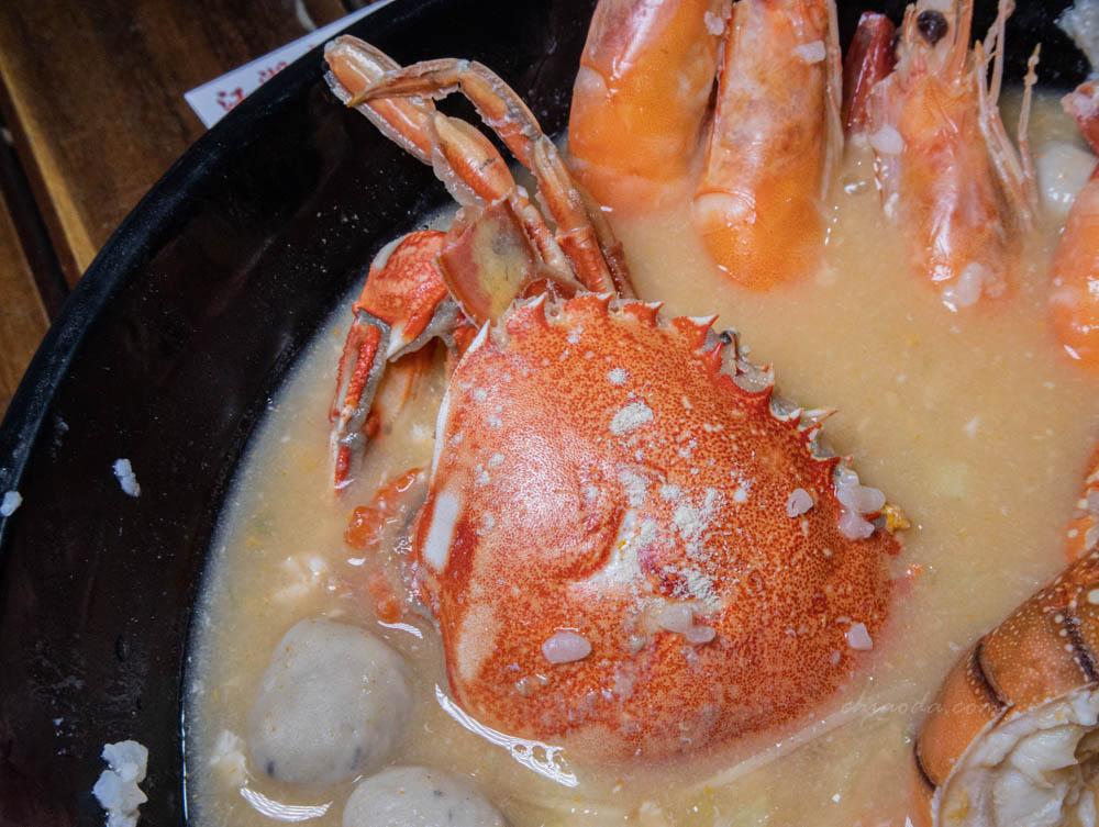 江湖客棧海鮮粥 每週一送沙蟹