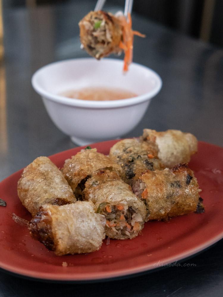 烏日越南米粉湯小吃 炸春捲