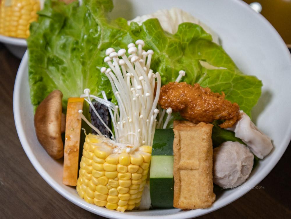炩妃家 小野菜拼盤
