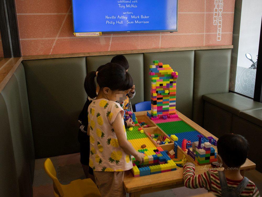 五鮮級鍋物和美道周店 兒童遊戲室