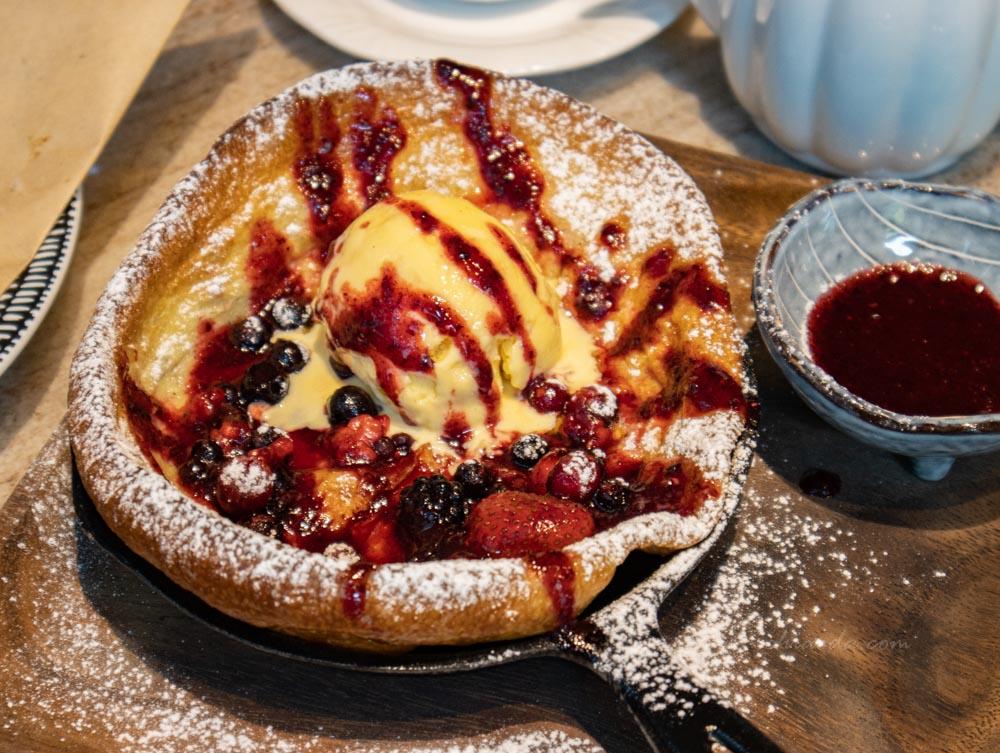 貝塔 beta brunch & bistro 酸甜莓果荷蘭鬆餅