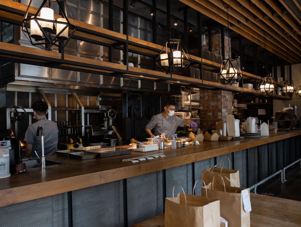 FORE restaurant 柴燒牛排 台中重要節日餐廳推薦