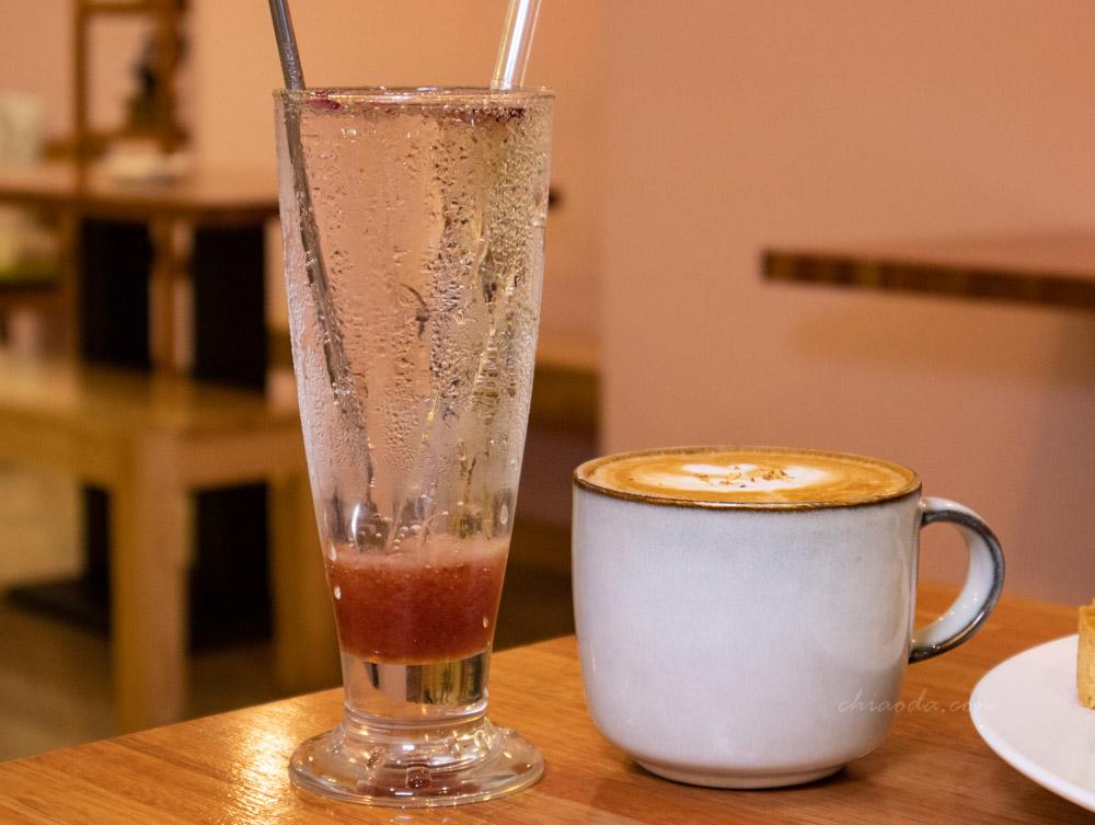 小鍋甜點咖啡 桂花拿鐵 莓果玫瑰氣泡飲
