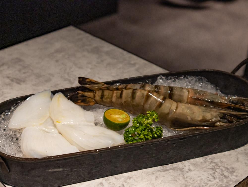 燒肉風間 海鮮 大虎蝦 紋甲烏賊