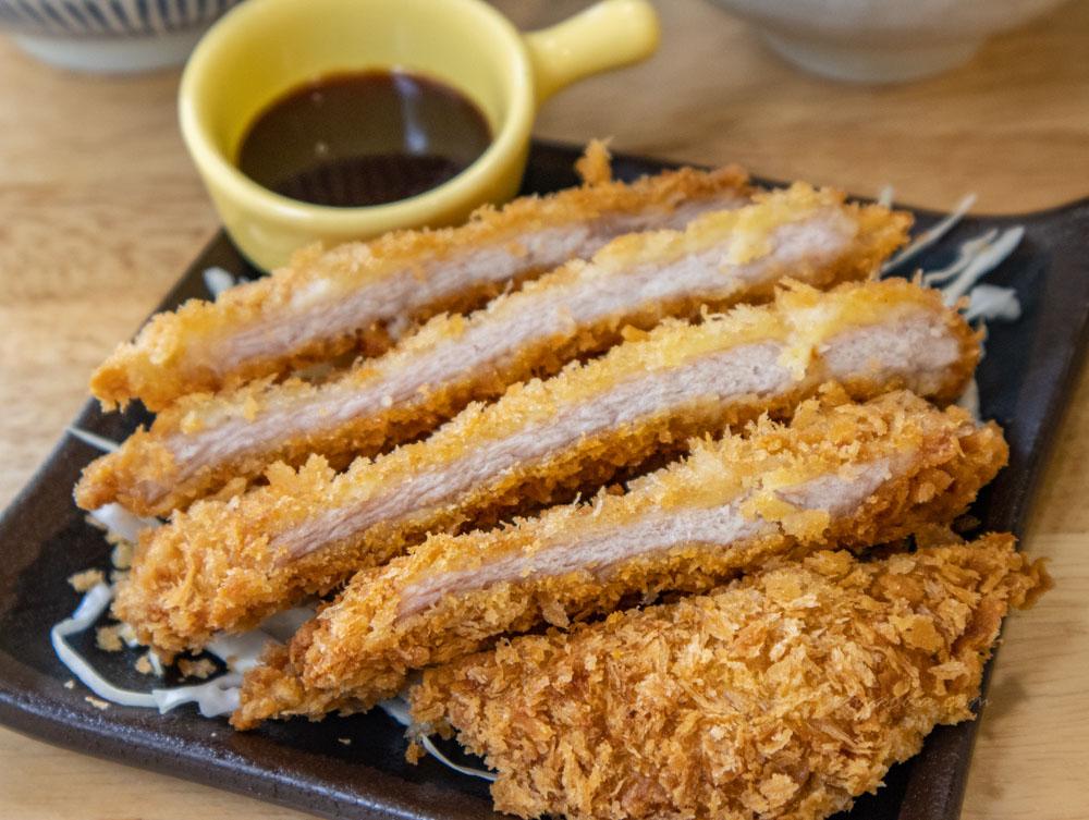柒早日式早午餐 厚切日式炸豬排丼